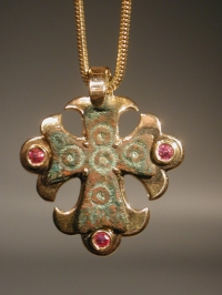 Early Christian bronze cross pendant in modern gold setting